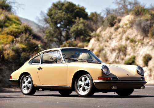 Couldn't find a white Porsche 911 S, but here's a 1966 in an elegant shade of sand, suitably posed against a Mediterranean-looking setting. How'd you like to tootle about the Levant driving this?